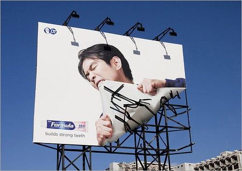 cartelloni_pubblicitari_adesivo