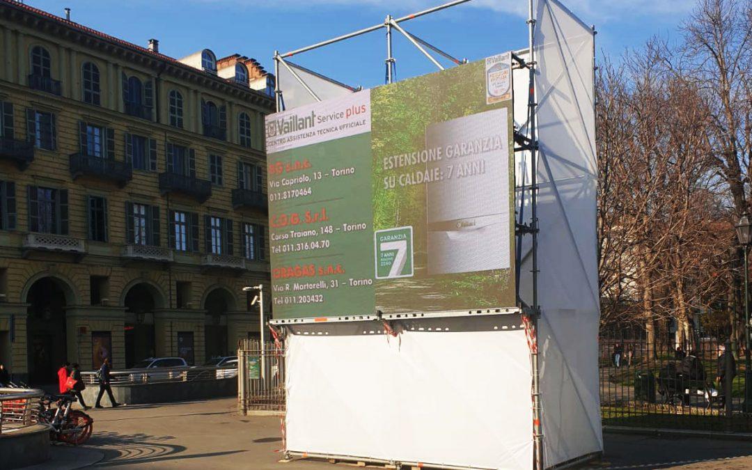 Per la prima volta a Torino due Maxischermi Led in centro città